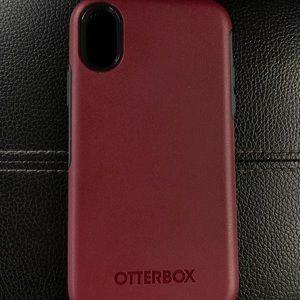 Apple iPhone X Otterbox Maroon Case